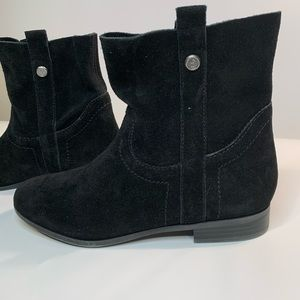 Frye Sarah Shorty Black Suede Ankle Boot
